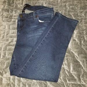 Torrid dark wash cropped jeans